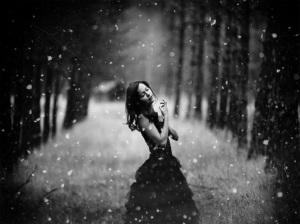 winter_love_trees_snow_women_pathway_hd-wallpaper-1585414