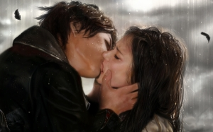 kissing-in-the-rain-10896