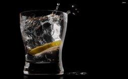 lemonade-lemon-water-ice-glass