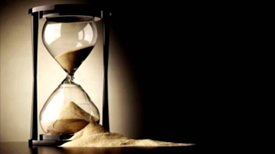 hourglass-maxresdefault